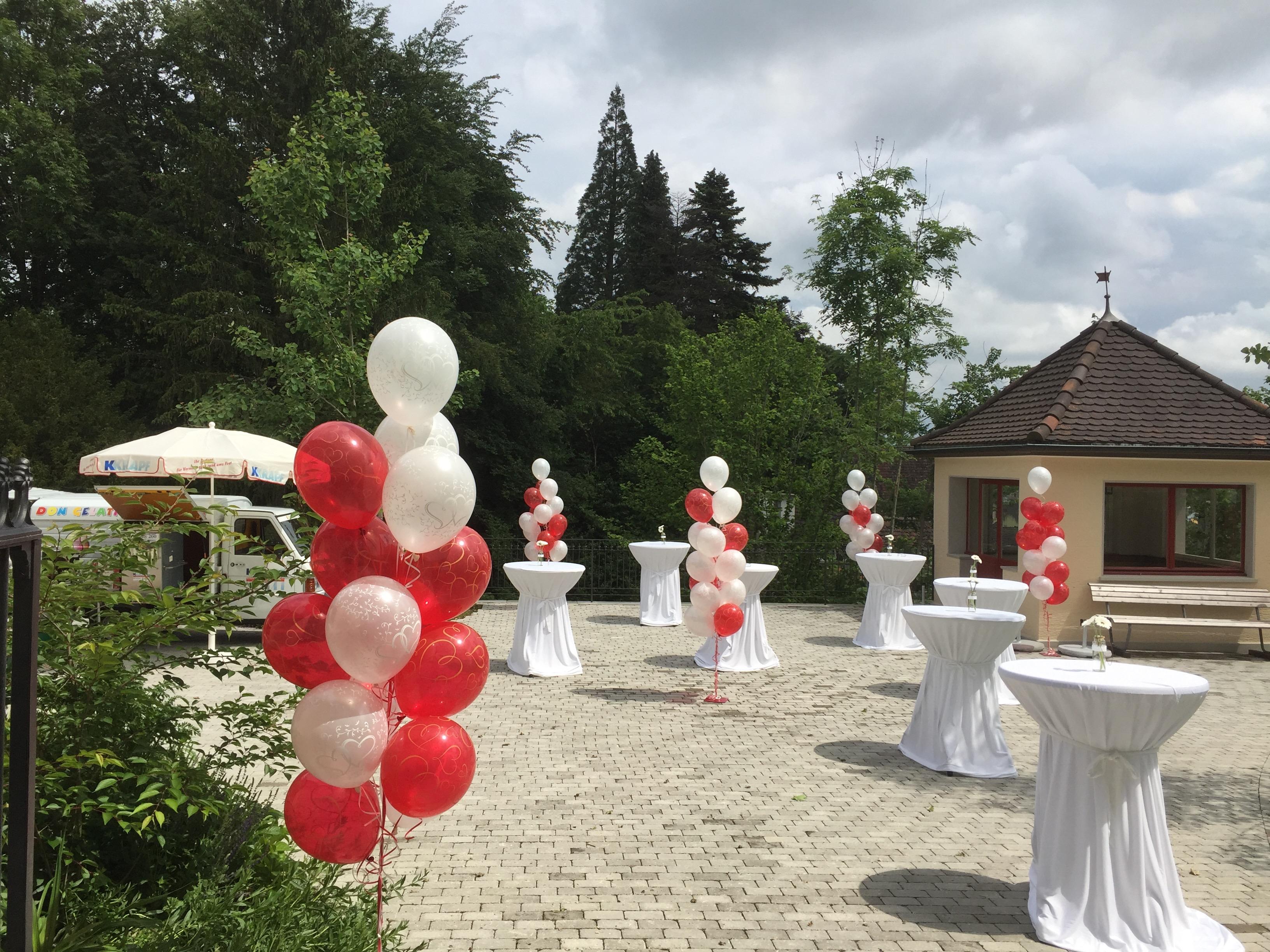 Hochzeit deko haus