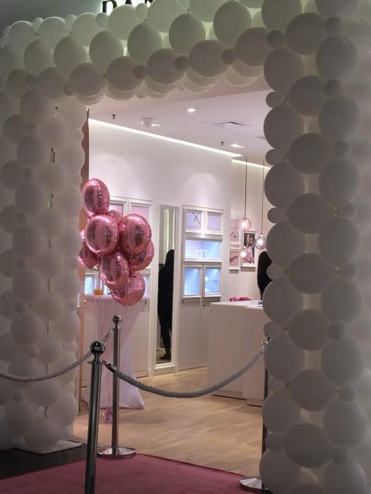 Pandora Filiale im Shopping Arena St. Gallen  Event Schöner Blickfang süüüs.. made by Ballonhaus.ch